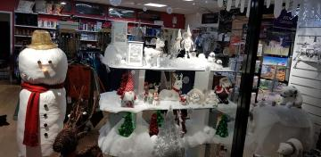 Morley Salvation Army Charity Shop wins 2nd place for Christmas window