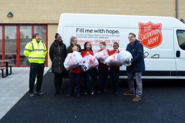 waltham-forest-schools-donate-to-salvation-army-recycle-with-michael